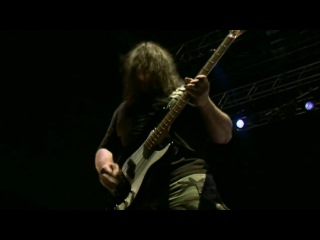 Six Feet Under-Live at Party.San Open Air (2009)